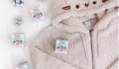 Win a Pusheen The Cat Cozy & Warm Giveaway - ends 11/18