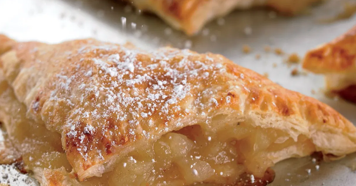 The Flakiest And Crispiest Apple Turnover