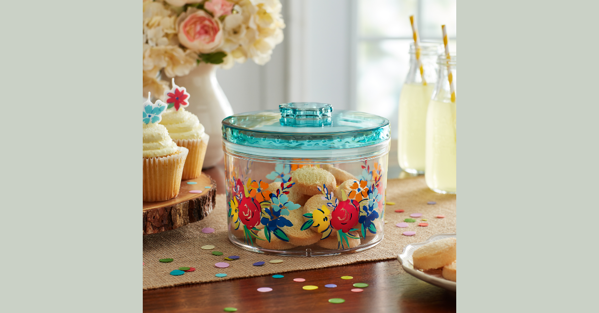 The Pioneer Woman Container Under $4